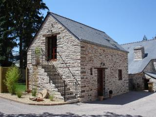 The Cottage - Beautiful Stone Cottage Packed with Traditional Original Features