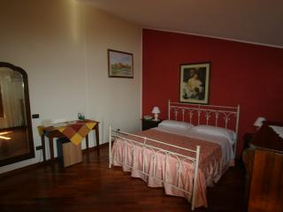 HOTEL TAVERNOLA