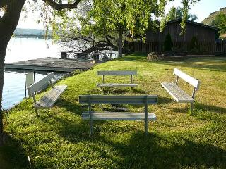 Tables near the Snake River