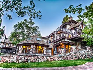 Edgewood Castle 15,000sf 5 star luxury Sleeps 24!