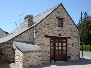 The Barn - Beautiful Converted Barn with Original Features inc. Old Bread Oven
