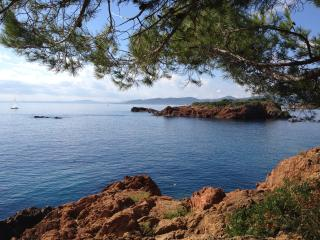 Appart bord de mer St Raphaël, St-Raphaël