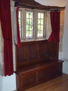 Fantastic oak, carved window seat