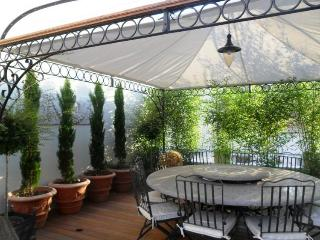 Casa Nova 3, Provence Vacation Home with a Terrace