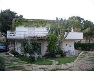 Villa Eloro, Noto