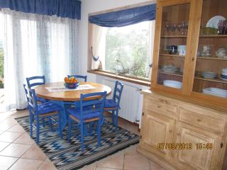 The blue apartment, San Pantaleo