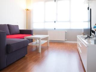 Apartamento Nuevo en Madrid con aparcamiento incluido. Zona Residencial y Segura
