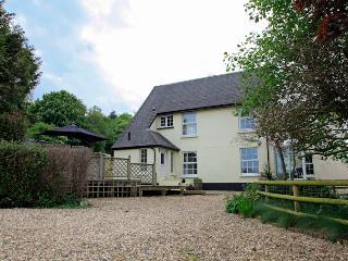 OVERTON HOUSE - Set in gorgeous North Devon