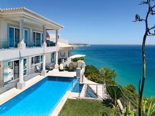 SIMPLY SALEMA - Casa Vista Paraiso OCEAN VILLA