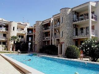 Apartment With Pool - HUTG-011094, Empuriabrava