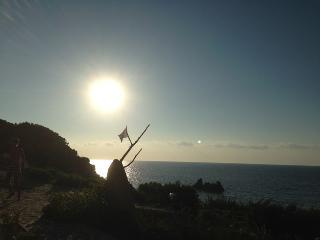 ogni sera uno spettacolo unico e diverso con i tramonti mozzafiato di Costa Paradiso
