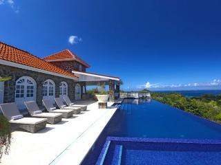 Atlantis Villa Ideal for Families and Friends, Cap Estate
