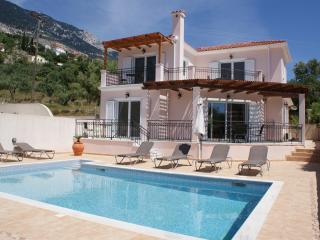 Villa Nima, Lourdas