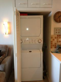 rare find! Washer/dryer in the unit