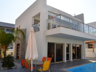 Villa Auriga,luxury 3 bed villa on Fig Tree Bay, Protaras