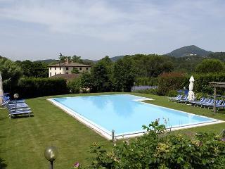 10 bedroom Villa in S Concordio Di Moriano, Tuscany, Italy : ref 2017864, San Macario in Piano