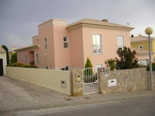 The Pink Villa, Lagos