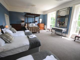 The Georgian Villa - 20 beds in Bath