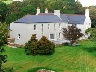 Dunowen House, Luxury up to 18 guests plus extra 5, Clonakilty