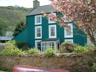 Llys Aber Large Luxury Holiday House By Solva Harbour Pembrokeshire sleeps 10