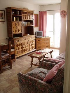 Minerva 1-bed apartment lounge