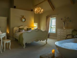 Dunowen House, Luxury up to 18 guests plus extra 5