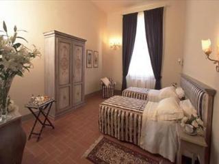 Santa Croce - De Luxe 3 + 1 pax, Florença