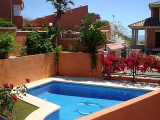 Villa with swimming pool and sea view, Benalmadena