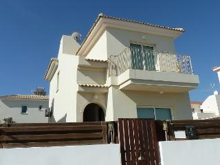 Xenia Villa Nr. 5*Grecian Park Hotel & Konnos Bay. Nr.Protaras & shops/bus route