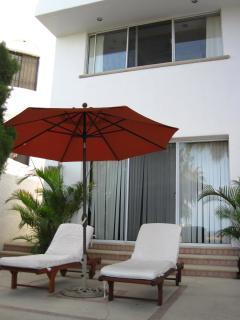 Lounge area outside of bedroom 2 - pool level