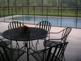 Gated Luxury Large Lakeview 5 bed/POOL SPA Villa