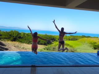 Luxury 4 Bedroom Villa Private Infinity Pool/Beach