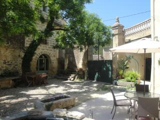 LES OLIVIERS, Montaren-et-Saint-Mediers