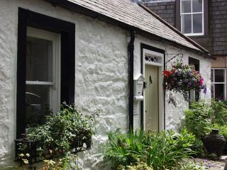 Abbey Green Cottage, one of the prettiest cottages in the village.
