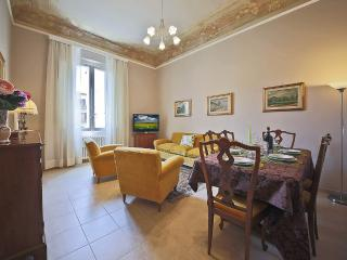 Menotti | Spacious 3 Bedroom Apartment in Lovely Residential Area, Florencia