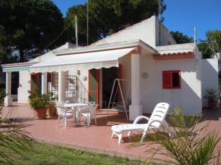 Villa Tizy a 30 m dal mare, Fontane Bianche