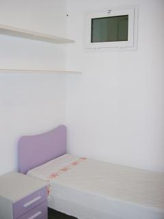 Singol Bedroom