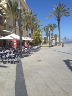 One of the many wide boulevards in town, overlooking the sea whilst having lunch or dinner