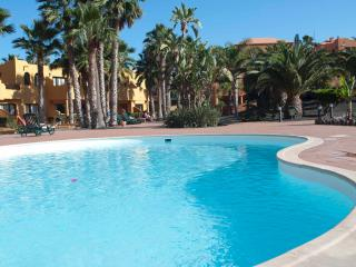 Oasis Royal 3 pools 1 bedroom + wifi, Corralejo