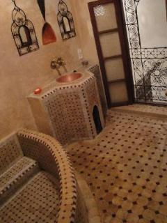 mosaic bathroom for Chambre Seffarine