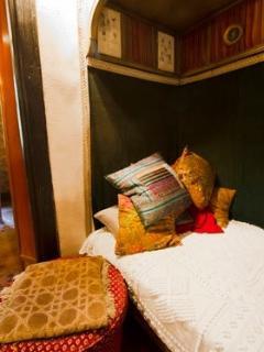 Le coin liseuse, vestige des activités coquines de la maison avant 1950