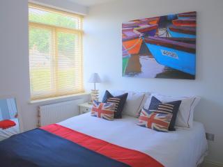 Master bedroom - Waves