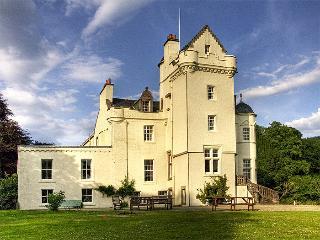 Castle Lachlan, Strachur