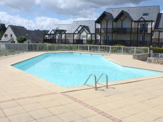 le locmoran piscine et plage
