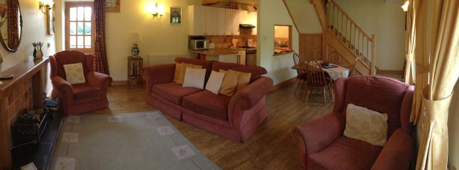 Heather Cottage, Open Plan living and dining areas.