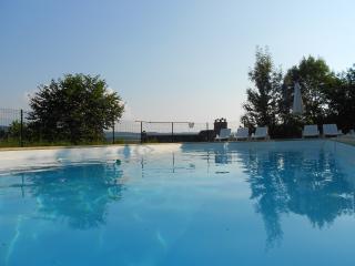 La Maison de Vigneron, piscine chauffée privée, Saint-Come-d'Olt