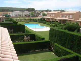 Costabravaforrent Pinamar, up to 4, shared pool, L'Escala