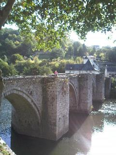 The bridge over the Truyere.
