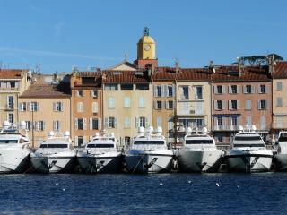 Ferienhaus in St. Tropez mit Pool, Parkplatz, WLan