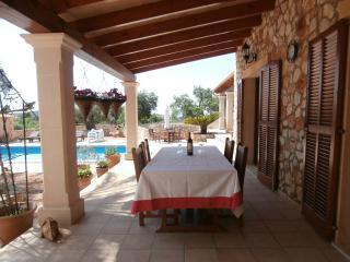 Covered Terrace for Al Fresco Dining